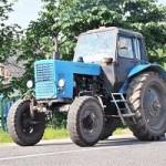 В Ивацевичском районе тракторист сбил 7-летнюю девочку