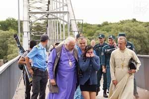 Православный епископ в Гомеле уговорил девушку не прыгать с моста