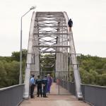Православный епископ в Гомеле уговорил девушку не прыгать с моста (ФОТО)