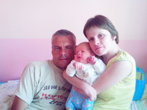 В Ивацевичах у родителей-инвалидов могут забрать новорождённого сына