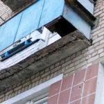 В Берёзовском районе погиб 12-летний мальчик: повис на бельевых веревках и упал с пятого этажа